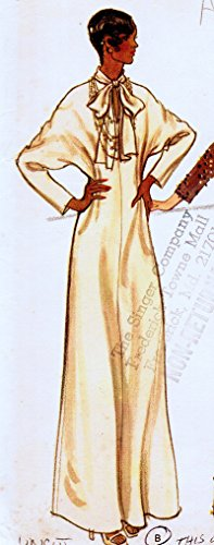 (Very Easy Vogue 8736 Misses Loose-Fitting Evening Dress and Underdress, Vintage Sewing Pattern Check Offers for Size)