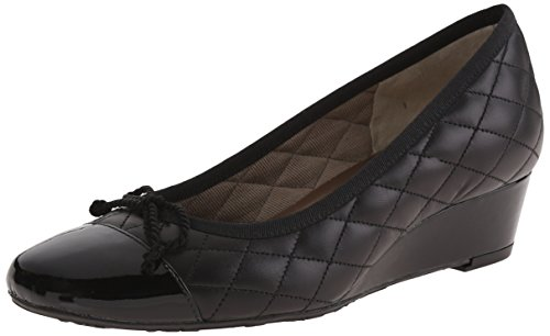 French Sole Fs / Ny Womens Deluxe Pump Black Patent / Black Vitello
