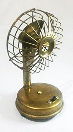 Pequeño vintage estilo antiguo latón ventilador de mesa, funciona ...