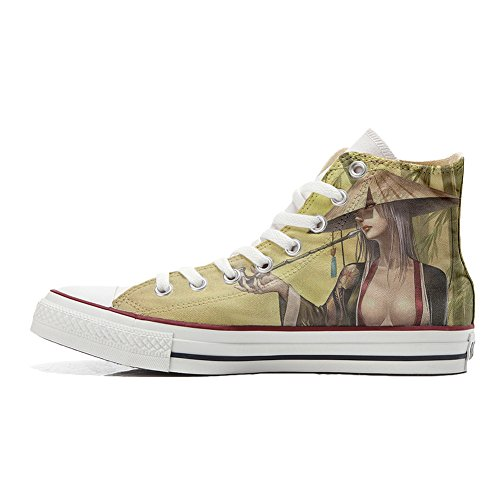Converse All Star Customized Unisex - zapatos personalizados (Producto Artesano) Geisha style