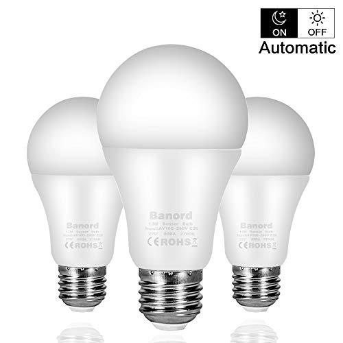 Team Motion Lamp - Dusk to Dawn Light Sensor Bulb, A19 12W LED Light Sensor Bulbs (Auto on/Off), E26 Base Smart Sensor Bulbs Warm Light 2700K, Porch Light, Indoor/Outdoor Lighting Lamp for Garage, Hallway, Yard, 3-Pack