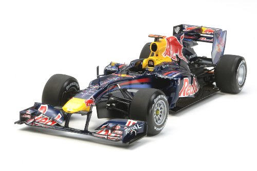 (Tamiya 300020067 1: 20 Red Bull Racing Renault RB6)