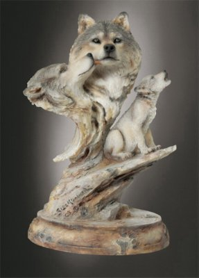 Mill Creek Studios - Family Song - 3866 - Wolf Sculpture (People Sculptures)