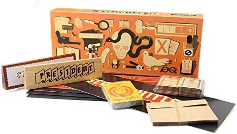 Sun Worlds Secret of Hitler El Secreto Hitler Juego de Mesa Cartas Traición Engaño Juego de Fiesta Identidad Oculta: Amazon.es: Juguetes y juegos