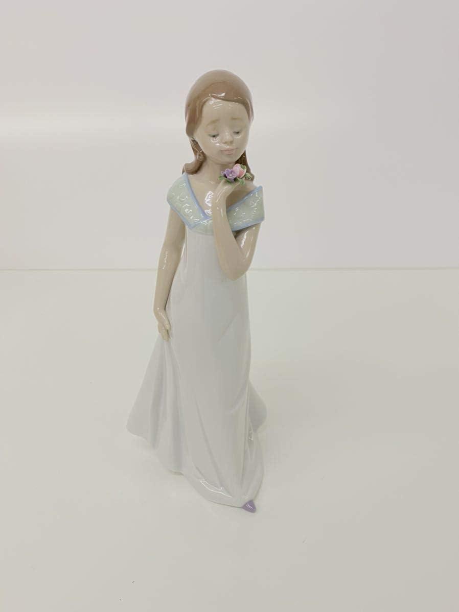 展示品 Lladro リヤドロ 少女 女性 ブーケ 花 フィギュリン 特別な出来事 置物 陶器人形 2006 アンティークコレクター