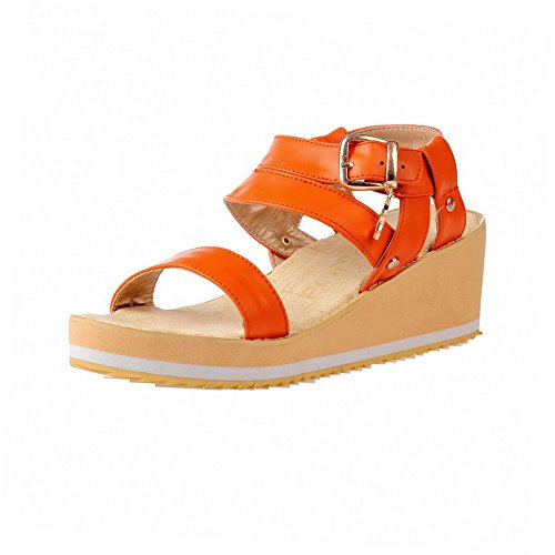 Orange Damen Kitten Allhqfashion Open Buckle Material Heels Wedges Toe Solide Plattformen vqqFwdU