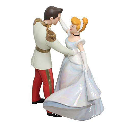 Disney WDCC Figurine 11K410790 So This is Love Cinderella and Prince Charming