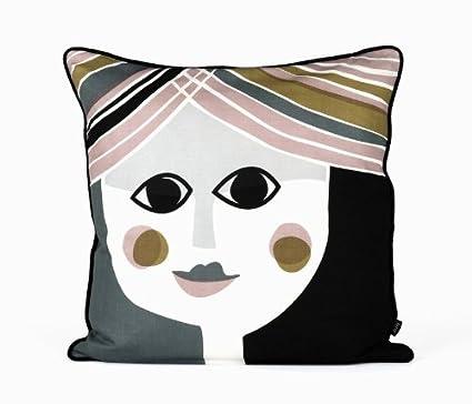 Amazon.com: Ferm Living 7119 Mrs. Cojín 50 x 50 cm: Home ...