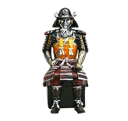 (Japanese Samurai General Armor Figurine: Uesugi Kenshin)
