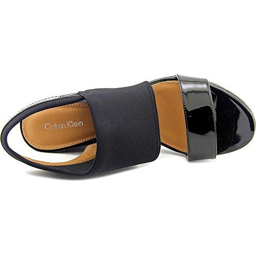 Calvin Klein BRAYLIN Charol Plataformas