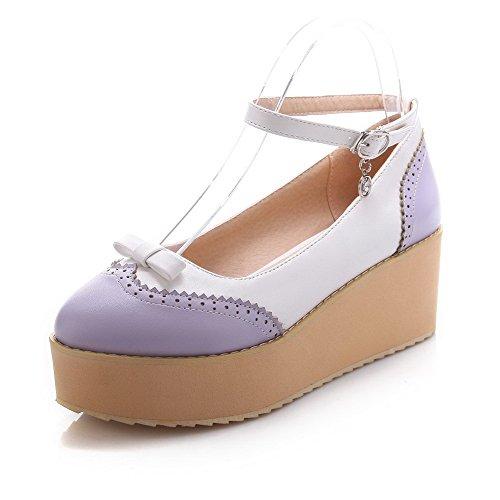 AgooLar Damen Mittler Absatz Gemischte Farbe Schnalle Weiches Material Rund Zehe Pumps Schuhe Lila