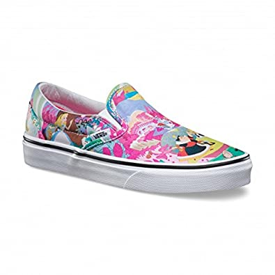 9239ea9938 Vans Disney Femmes Rose Alice in Wonderland Slip on Baskets  Amazon ...