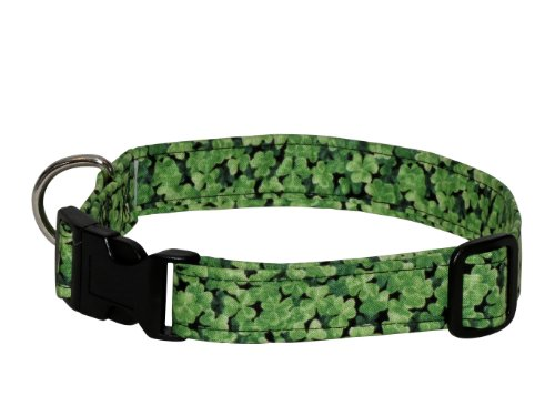 Elmo's Closet Shamrock Field Dog Collar (Large)