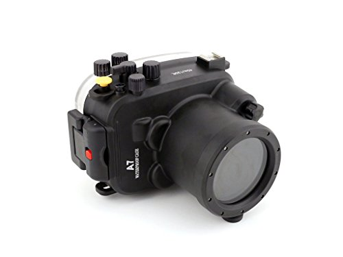 (Polaroid SLR Dive Rated Waterproof Underwater Housing Case For The Sony A7 Camera with a 28-70mm Lens)