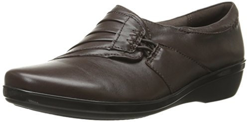 Clarks Women's Everlay Iris Slip-on Loafer, Brown Leather, 6.5 W US by CLARKS