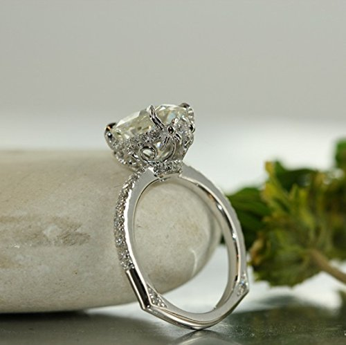 Love Flow-9X7 Moissanite and VS Diamond in 14k White Gold Oval Moissanite Engagement Ring Single Claw Prong Setting Euro Style Ring ()