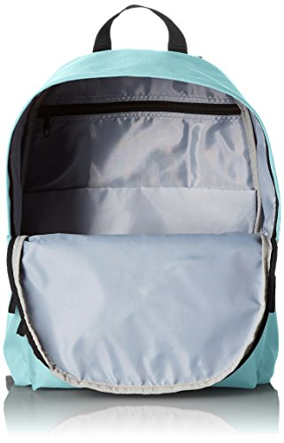 AmazonBasics Classic Backpack 4 Lightweight, durable backpack featuring adjustable padded shoulder straps and convenient side water bottle pockets Locker loop at top Large main compartment with double-zipper closure and small front pocket with zip closure