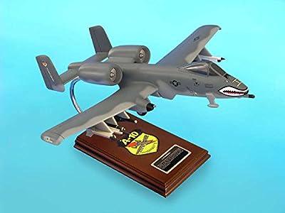 Daron Worldwide Trading ESAF017 A-10A Warthog 1/40 AIRCRAFT
