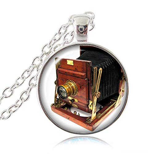 Camera Lens Pendant Vintage Photo Necklace Glass Cabochon Jewelry Old Lenses Chain Necklace Gift for The Photographer ()