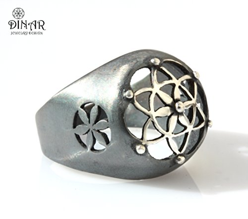 Statement ring Oxidized Sterling silver, Silver signet ring, oxidized sterling silver , floral design, star of david, handmade silver ring, wide flower ring, signet ring (Oxidized Floral Design Ring)