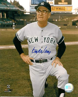 Autographed Signed 8x10 Photo Clyde King New York Yankees - Certified Authentic (New York Yankees Signed Photo)