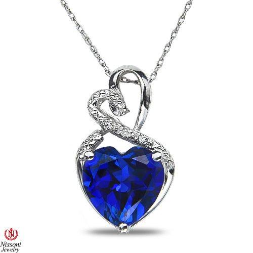 Femme avec accents de diamant Pendentif en forme de cœur W/Créé Saphir W/Chaîne Argent sterling