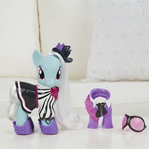 My Little Pony Explore Equestria 6 Inch Fashion Style Set Photo Finish Hardware Painting Wall