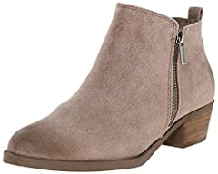 Ankle bootie with zipper entry