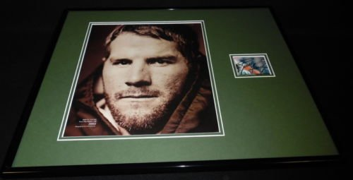 Brett Favre Signed Framed 16x20 Photo Poster Display JSA Packers Vikings Jets