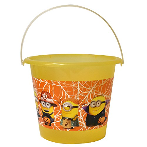 Despicable Me Jumbo Plastic Bucket with Glow in The Dark Handle (PTI Group, Inc.) ()