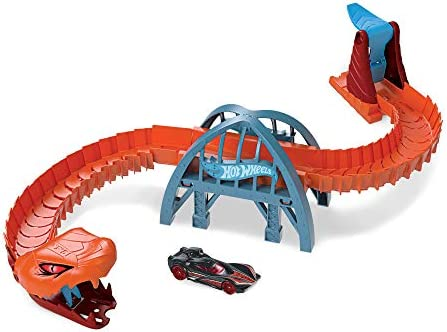 Hot Wheels Viper Bridge Attack Play Set ?Creatures are Taking Over City