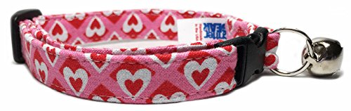 Picture of Breakaway Cat Collar in Valentines Hearts and Diamonds (Handmade in the U.s.a.)