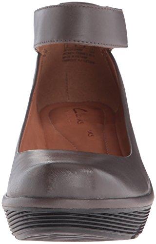Clarks Mujeres Clarene Tide Wedge Pump Khaki Leather