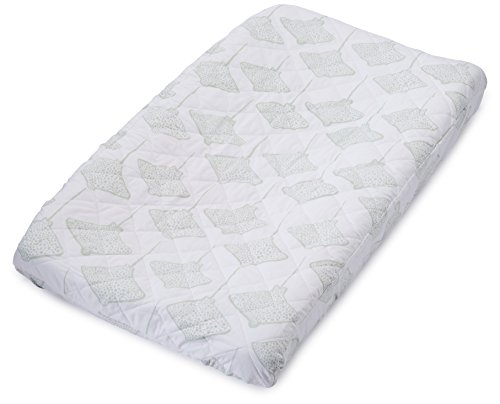 Lewis Quilted Organic Cotton Changing Pad Cover Stingray Print 100% GOTS Certified Organic Cotton, Willow ()
