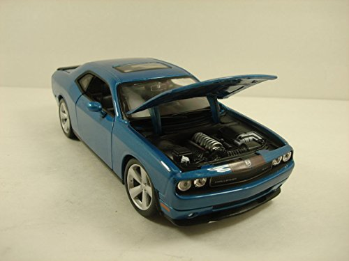 Maisto 2008 Dodge Challenger SRT8 1:24 scale 8