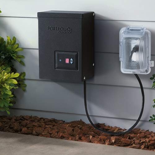 Portfolio 00689 200-Watt 12-Volt Multi-Tap Transformer Landscape Lighting Transformer Digital Timer Dusk-to-Dawn Sensor by Portfolio