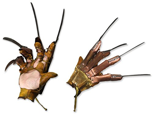 Street Elm Prop - NECA - Nightmare on Elm Street (1984) - Prop Replica Freddy Glove