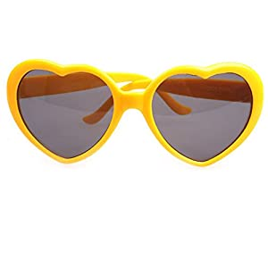 Armear Women's Heart Shaped Retro Plastic Sunglasses Lady Girl Fashion Large Oversized Cute Love Eyewear Yellow