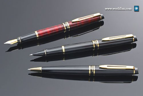 Waterman Expert Black with Golden Trim, Fountain Pen with Medium nib and Blue ink (10021W2)