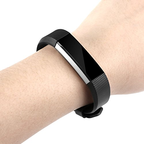 Newest Fitbit Alta HR and Alta Band With Metal Clasp, BeneStellar Silicone Replacement Band for Fitbit Alta HR and Alta (Classic) (Black 1 Pack)