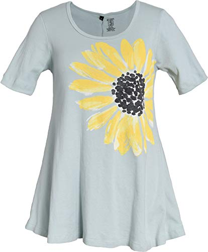 - Green 3 Spring Short Sleeve Tunic Top - 100% Organic Cotton Womens T Shirt, Made in The USA (Daisy on Light Turquoise, Medium)