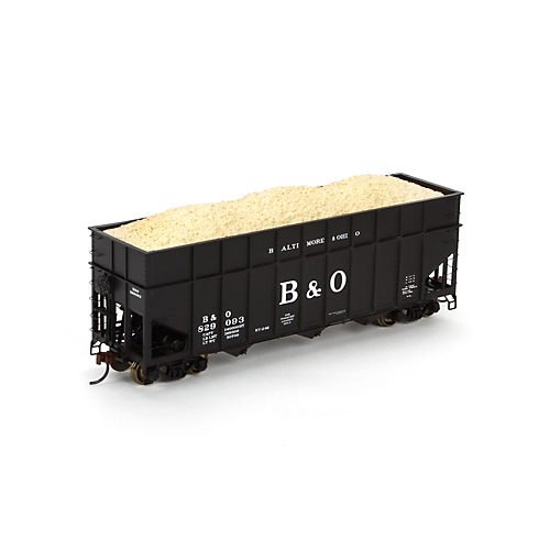 Ho RTR 40` Wood Chip Hopper w / Load   B & O # 829093