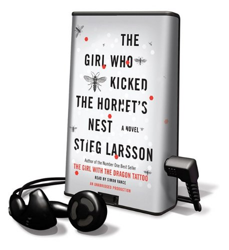 The Girl Who Kicked the Hornet's Nest (Playaway Adult Fiction)
