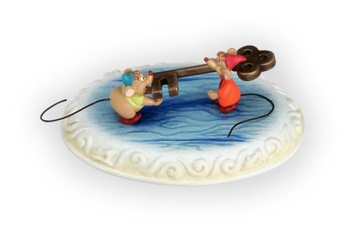 Story-Time Freeing Cinderella Figurine by Olszewski Studios
