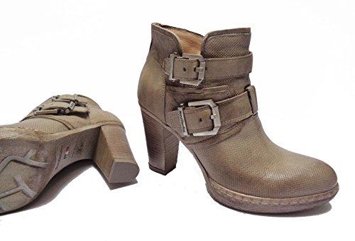 Nero Giardini Women's Court Shoes beige champagne 3 IcDbk0