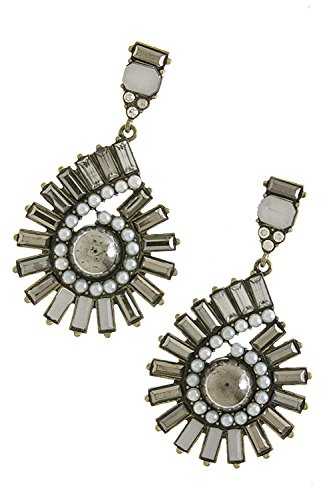 TRENDY FASHION JEWELRY ANTIQUE PEARL LINED FUAX GEM EARRINGS BY FASHION DESTINATION | (White)