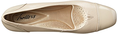 Pictures of Trotters Women's Danelle Nude Embossed 9.5 M US 2