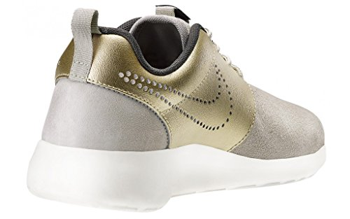 sports shoes 7f8c1 dba68 Amazon.com   Nike Women s Wmns Roshe One PRM Suede, STRONG METALLIC GOLD GRN -DARK STORM-SAIL, 8 US   Running