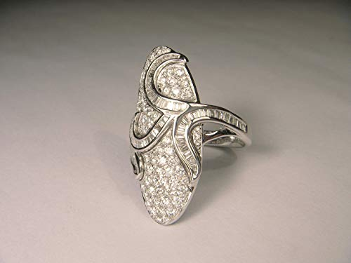 - Stunning 18K White Gold Diamond Art Nouveau Designer Ring Band