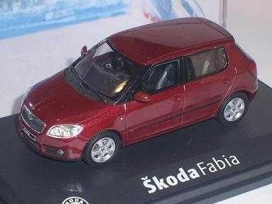 Skoda Fabia Ii 2 2007 5 TÜrer Red Flamenco Rot Metallic 143ab008j 1 43 Abrex Modellauto Modell Auto Spielzeug